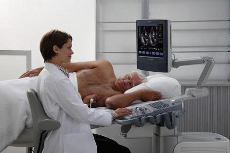 Эхо сердца проводит профессор кардиолог